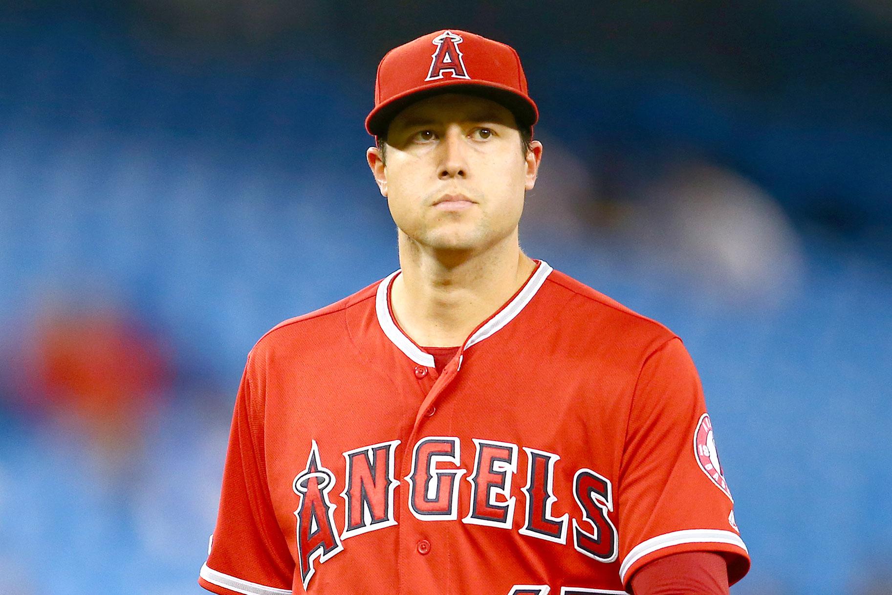 Causa de muerte aún no conocida para el lanzador de los Angelinos de Los Ángeles, Tyler Skaggs, quien fue encontrado inconsciente en una habitación de hotel