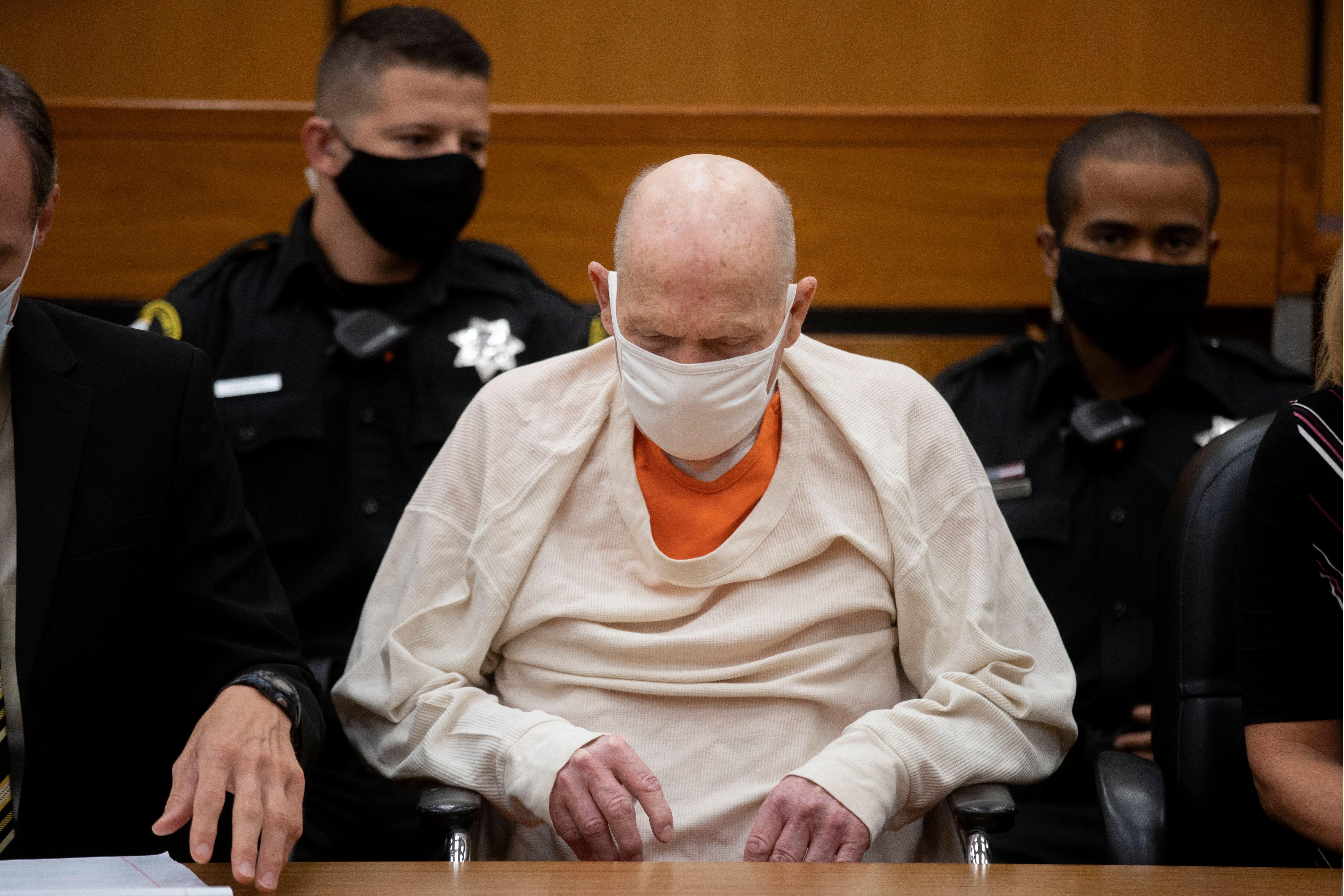 «Δεν θα είμαι ποτέ το ίδιο άτομο»: Η πρώην σύζυγος του Golden State Killer λέει ότι έκανε τη ζωή της σε φόβο