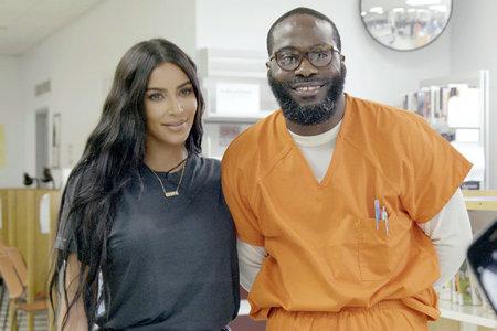 Kim Kardashian West ajuda l'home lliure de DC que va ser condemnat per assassinat quan era adolescent