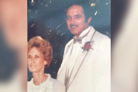 אלמנה פעמיים תותחת בעלים בעשרות שנים