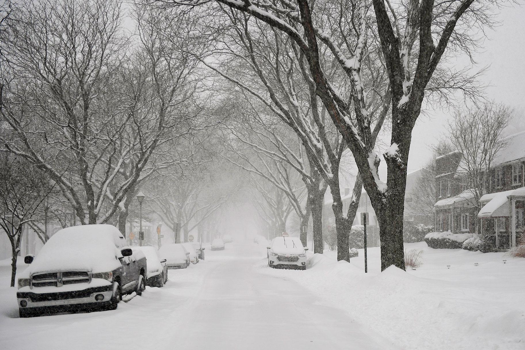 Pelea de palear nieve entre vecinos de Pensilvania se convirtió en asesinato-suicidio, muestra un video