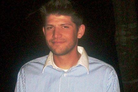 Veterano desaparecido del ejército encontrado enterrado detrás de la casa de un amigo años después de su desaparición