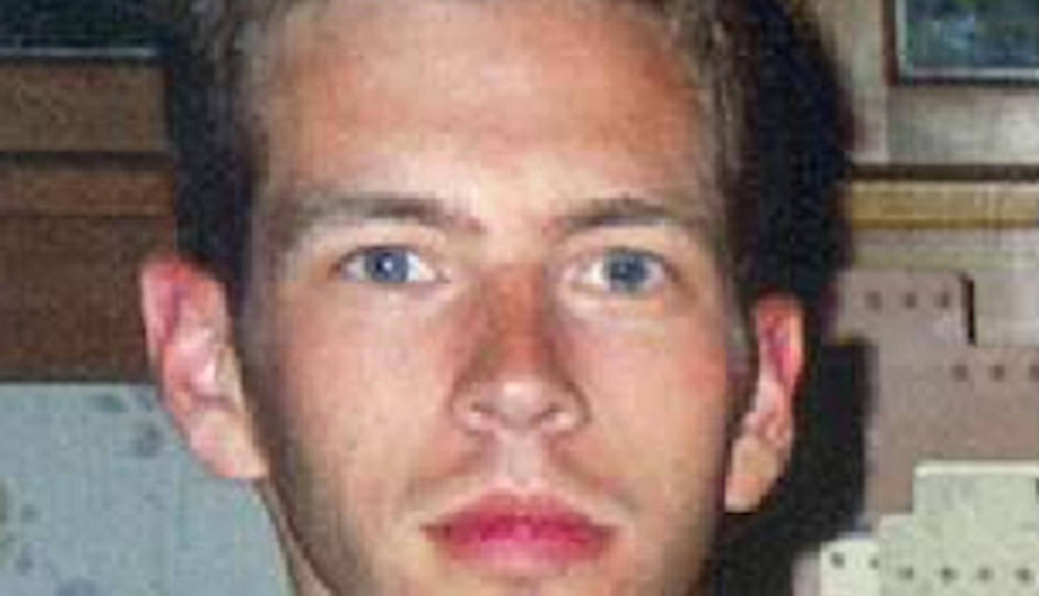 פתולוג פלילי מאמין כי הקורבן 'פרצוף סמיילי' לכאורה היה מת לפני שנכנס למים