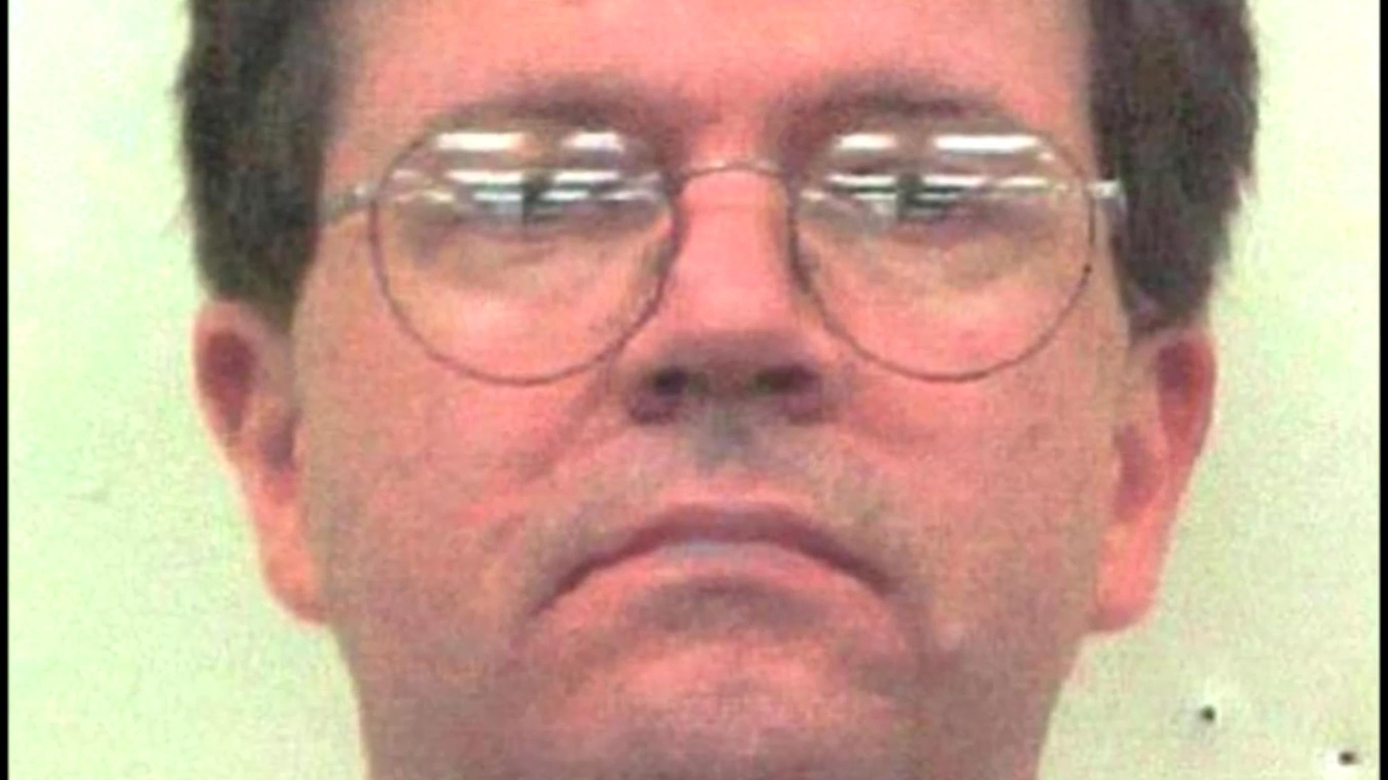 Zakaj je serijski morilec Richard Rogers razrezal geje? Forenzični psiholog tehta