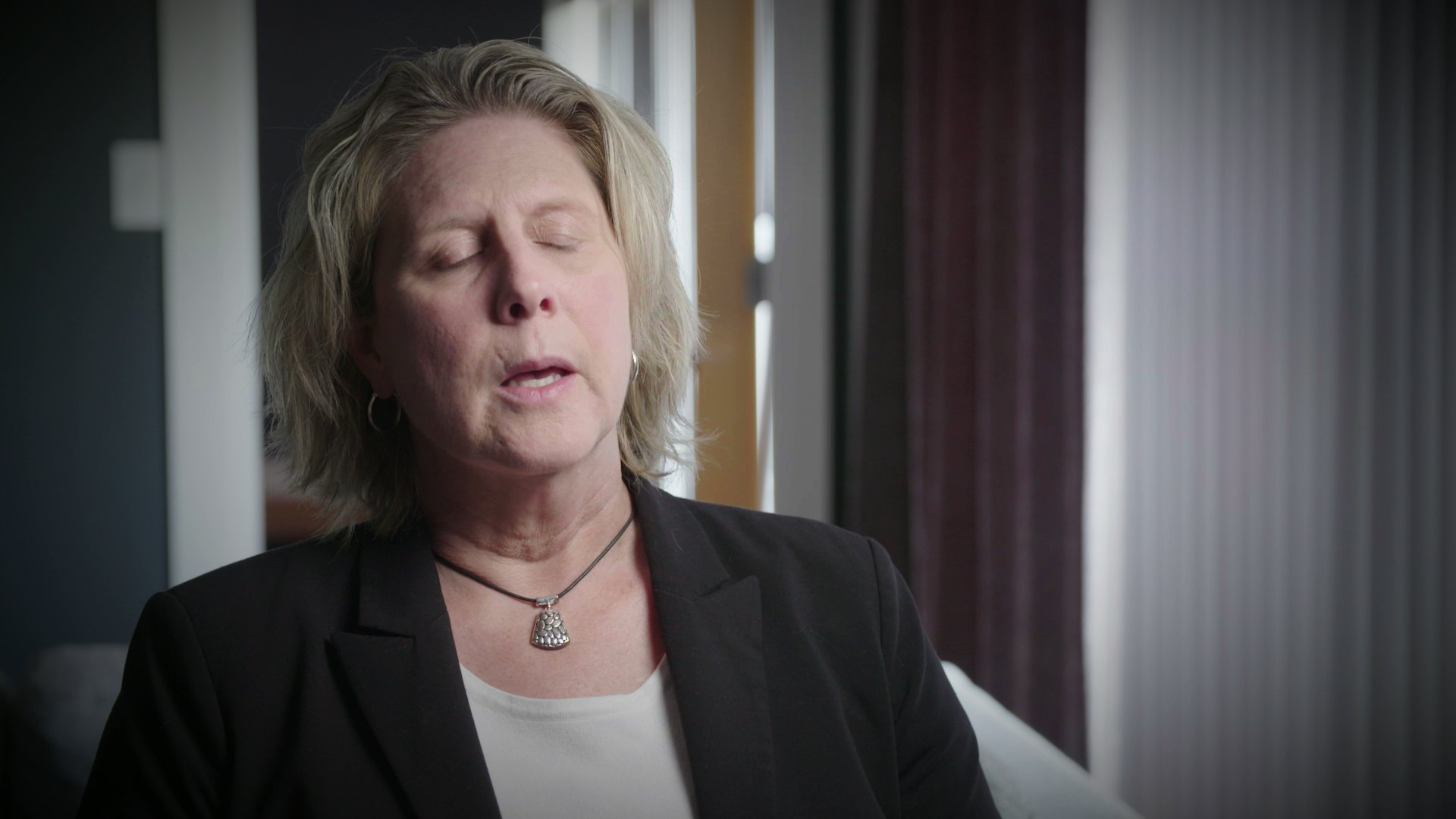 Bagaimana Hasil Catfishing Wanita Ini Dalam Pembunuhan Laut Tidak Bersalah?