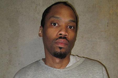 Dentro del caso del preso del corredor de la muerte Julius Jones y los esfuerzos de activistas y estrellas de la NBA que intentan liberarlo