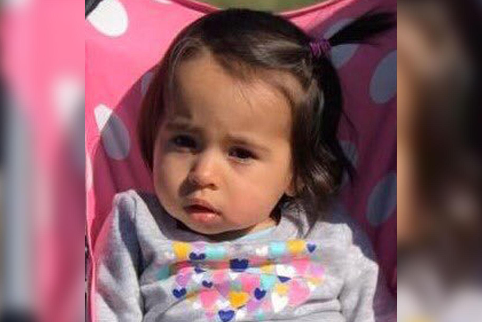 'Jeg vil have denne baby fundet': 1-årig savnet efter mor fundet død i Connecticut-hjemmet
