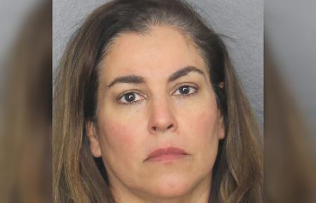 Naine, kes tappis väidetavalt spordisaali sõbra, kes sõitis pärast tüdrukuteõhtut oma koju, väidab, et ta pimenes