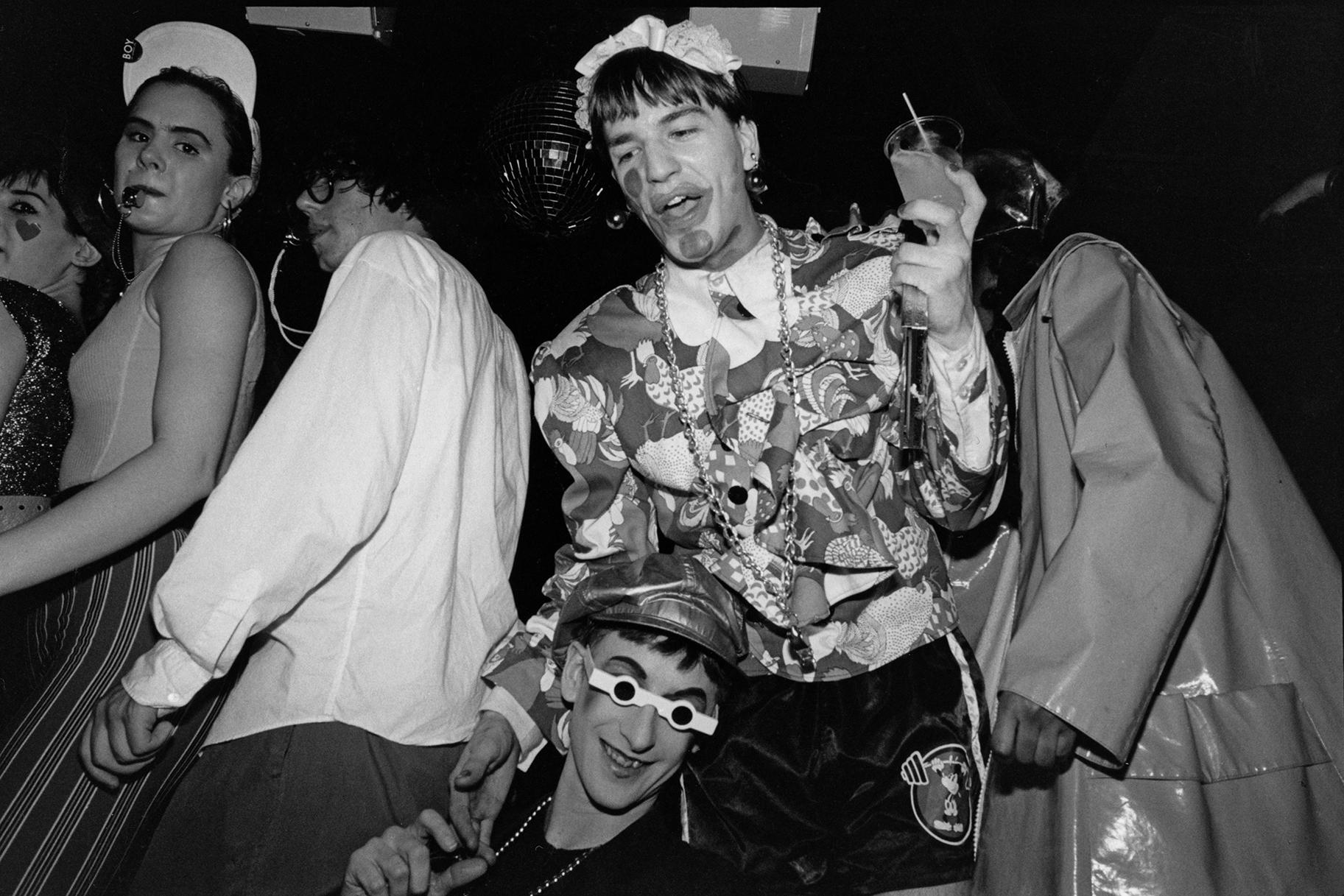 Hallan muerto al 'Party Monster' de Nueva York por sobredosis accidental de heroína el día de Navidad