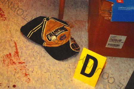 Una gorra de béisbol lleva a las autoridades al hombre que asesinó brutalmente al gerente de Beloved Toys 'R' Us