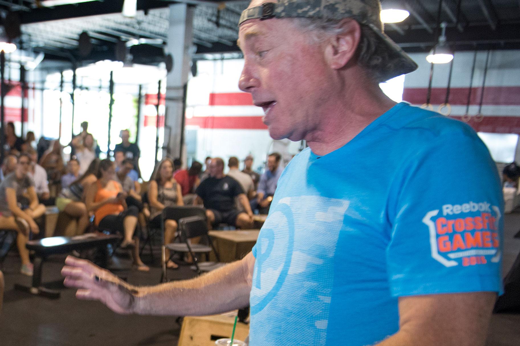 CrossFiti asutaja tekitab nördimust, kaotab partnerluse, pärast George Floydi kohta tweetimist