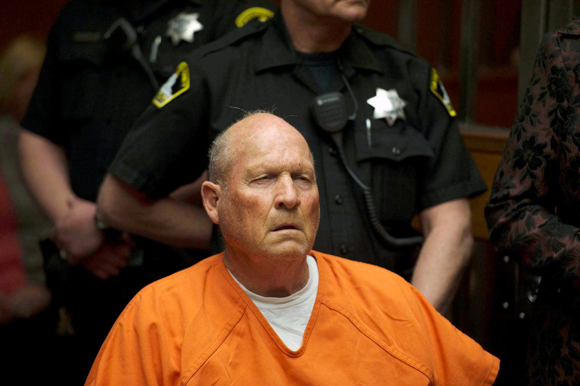 Juez dictamina que se tomarán fotos del pene de Joseph DeAngelo al sospechoso de asesinato de Golden State