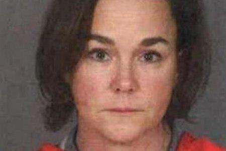 אשת טקסס נעצרה שנתיים לאחר שהרגה לכאורה סטודנט בזכות מכתב אנונימי