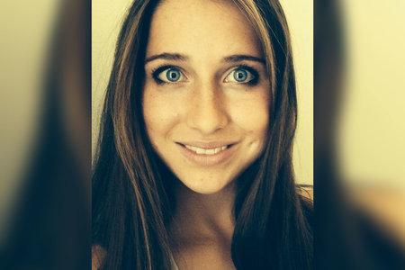 경찰이 살해되기 전 며칠 동안 살해당한 대학생 Lauren McCluskey의 노골적인 사진을 저장했다고 주장
