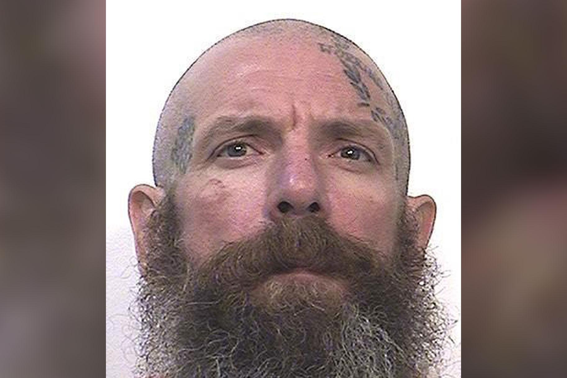 California kinnipeetav väidab, et vangla eiras tema hoiatust plaani kohta, kuidas lapsepeksjaid surnuks peksta