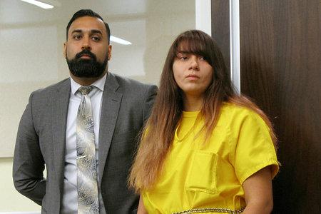 Una dona que va emetre en directe el seu accident DUI, que va matar la seva germana de 14 anys, va sortir en llibertat anticipada