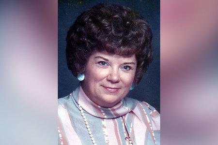 'Градът беше във висока сигнализация': Жена, намерена убита в гаража си от съсед, който познаваше години наред