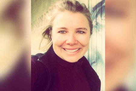 Skoraj teden dni po njenem izginotju je bil tehnični direktor mrtev v najetem avtomobilu