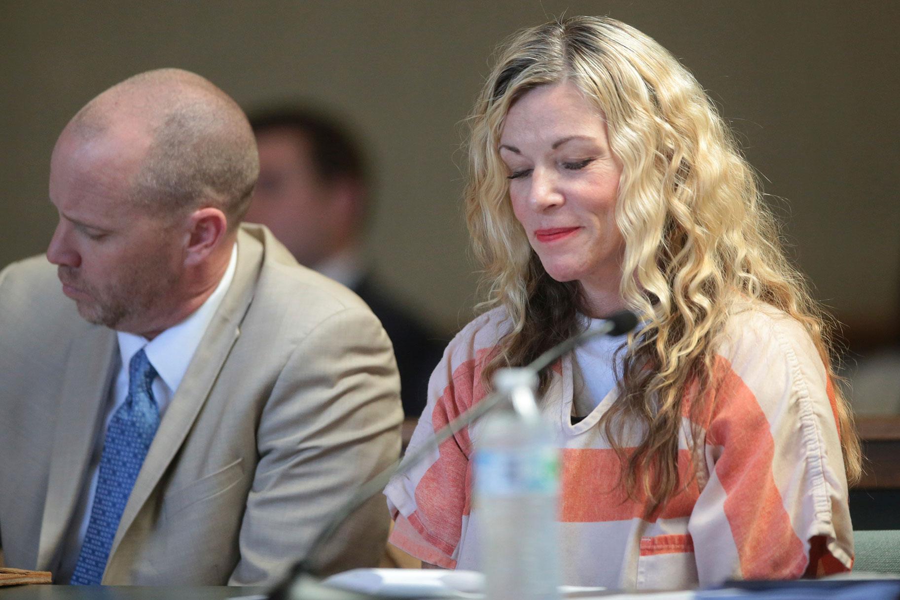 'Es tan increíble y aterrador', supuestamente el esposo de Lori Vallow le envió un mensaje de texto a un amigo meses antes de que lo mataran a tiros