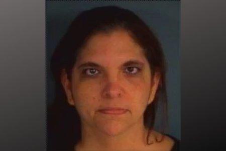 Η δασκάλα της Φλόριντα φέρεται να προσπάθησε να πάρει μια «οκτώ μπάλα» του Μεθ που παραδόθηκε στο δημοτικό σχολείο της