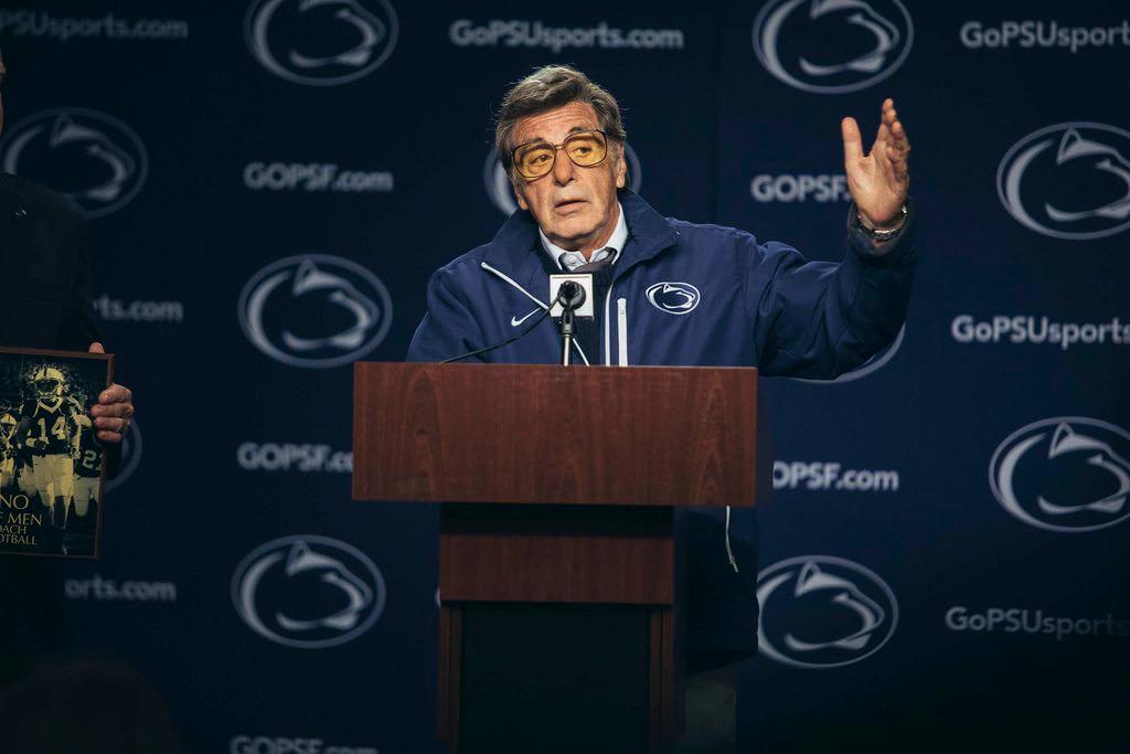 Todo lo que necesita saber sobre Joe Paterno y el escándalo de abuso de Penn State antes de la nueva película de HBO