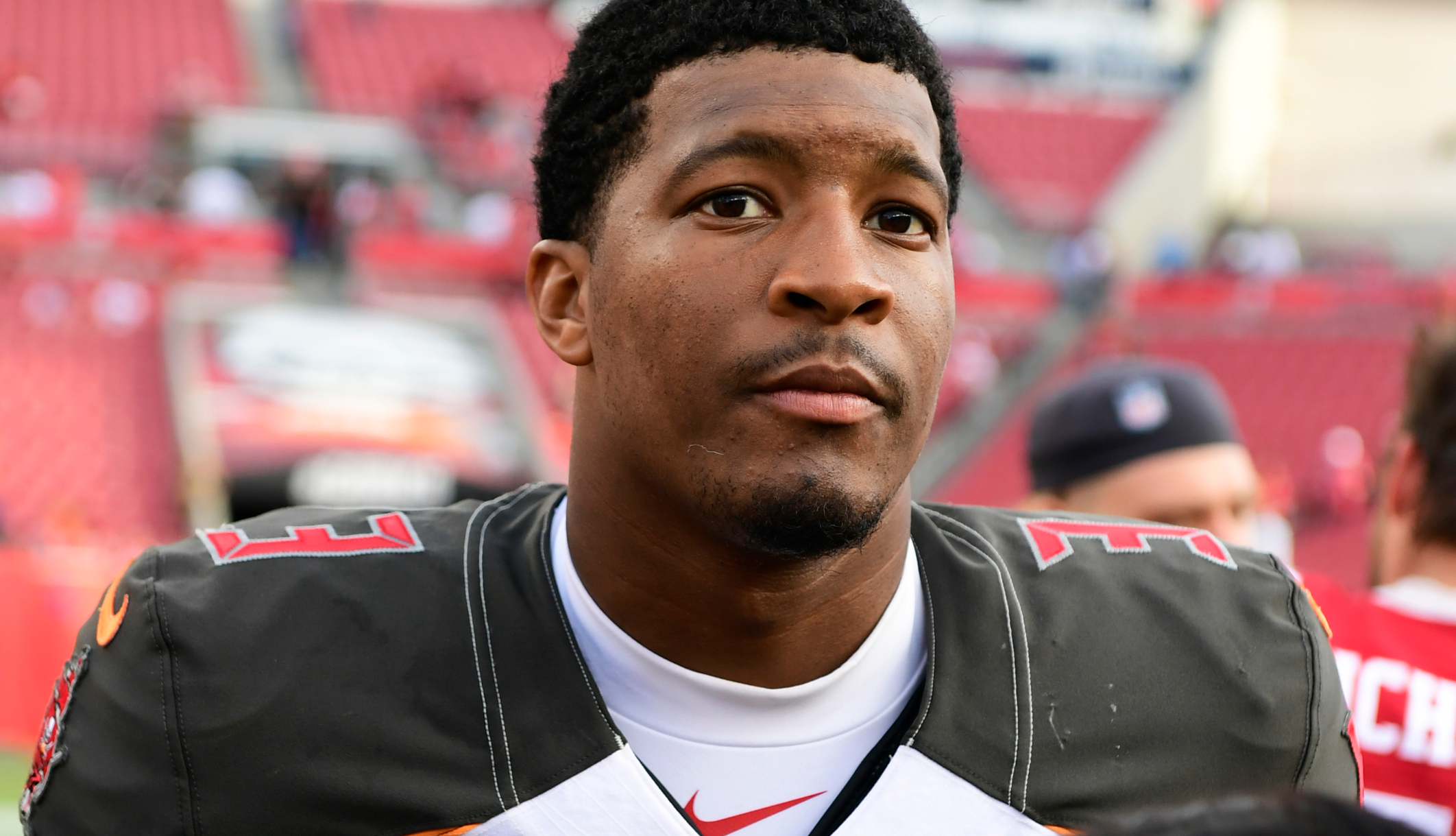 NFL-i mängija Jameis Winston jõudis kokkuleppele Uberi juhiga, kes esitas kompamise kohtu