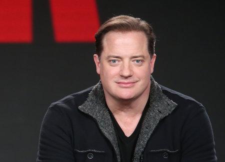 Brendan Fraser Kata Eksekutif Hollywood Meraih Dia, Merelakan Kerjaya