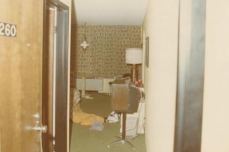 האם רוצח סדרתי אחראי לארבעה רציחות בבתי מלון אכזריים?