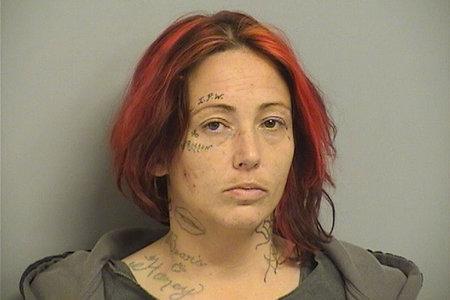 Capturan a mujer acusada de violar y torturar a un rehén por 'robarse' $ 180
