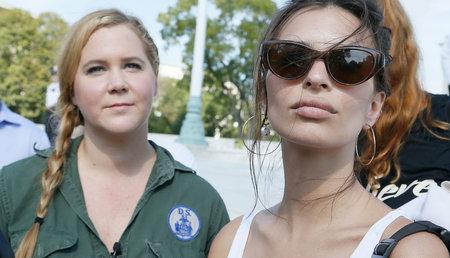 Amy Schumer, Emily Ratajkowski Kavanaugh 'protesti ajal DC-s arreteeritud sadade seas