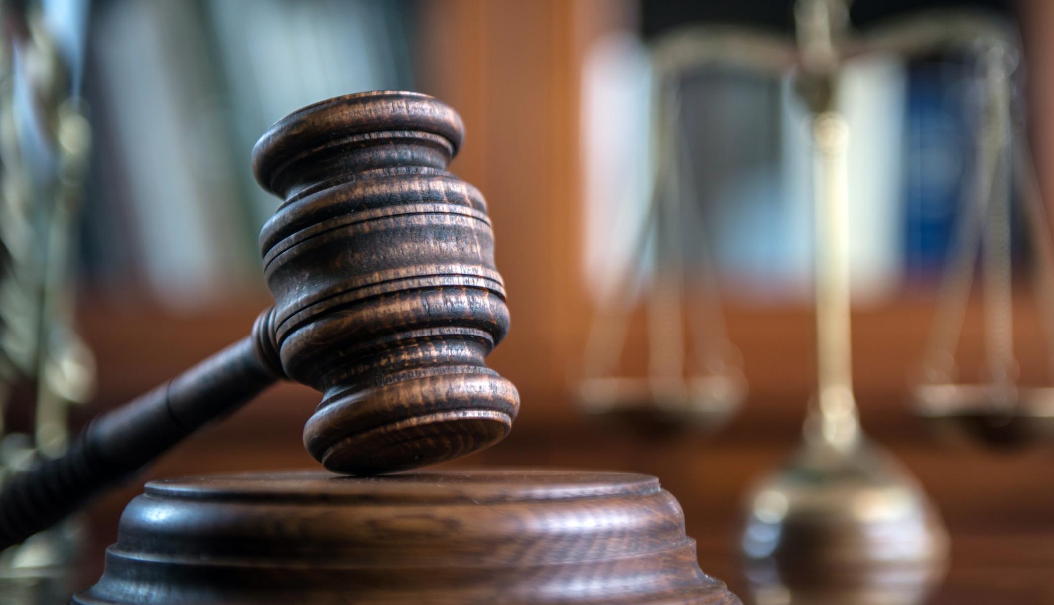 Ο δικηγόρος ενάντια στη σεξουαλική κακοποίηση ισχυρίζεται ότι είναι ένοχος για σεξ με έναν 15χρονο