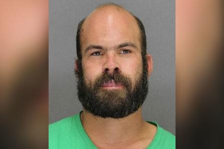 Der Mann läuft angeblich 350 Meilen für Sex mit dem 14-Jährigen, trifft aber stattdessen den Stellvertreter des Sheriffs