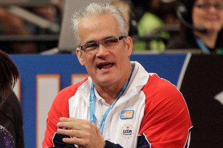 """""""Nikdy nebudeme mať uzavretie"""": USA olympijský tréner v gymnastike zomrel pri samovražde V pokoji zastavte pred plánovanou kapituláciou"""