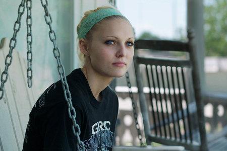 דייזי קולמן, נושא הסרט 'אודרי ודייזי' של נטפליקס, מת מהתאבדות בגיל 23