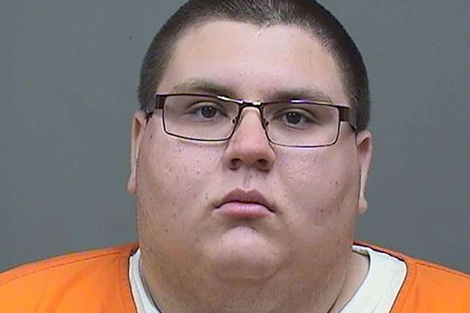 Moški, ki je poskusil zapeljati najstnika s piščancem Alfredom in Spriteom, dobi zaporno kazen