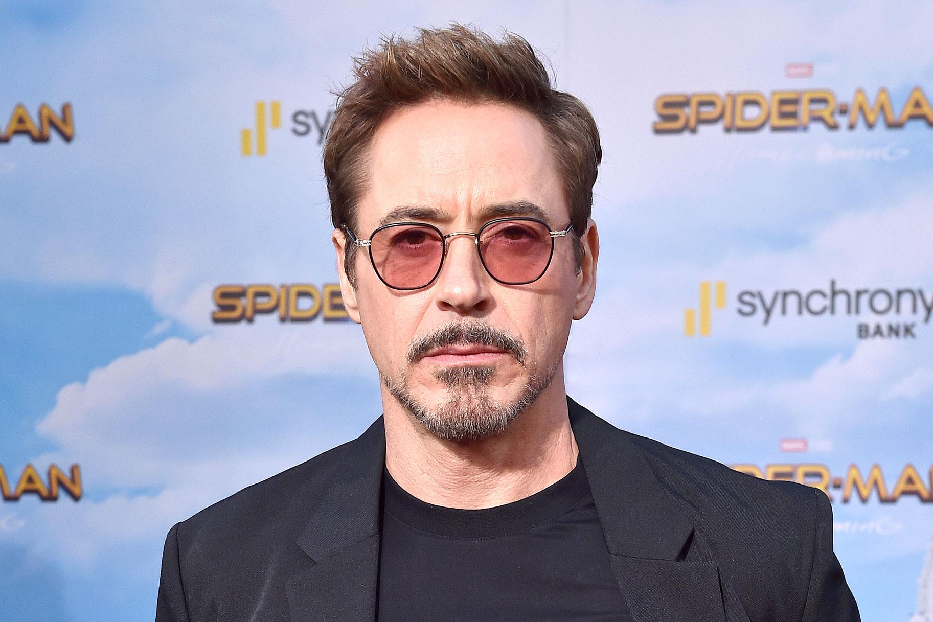Robert Downey juunior kirjeldab enne intervjuud peaaegu, et Hollywoodi eksekiga võitlusse astutakse
