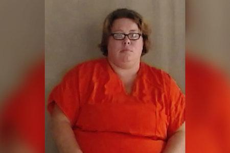 Mujer cumple 40 años por complot retorcido relacionado con el incesto para matar al novio de su hermana