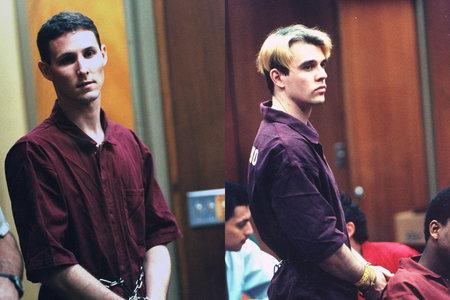 Študentje 'čudnega para' ubijejo kalifornijsko družino za dedovanje