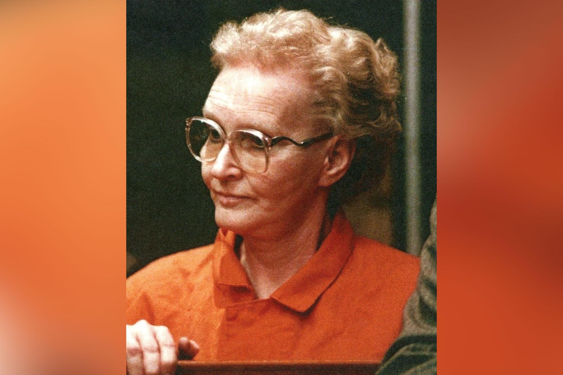 היא זכתה לכינוי 'בעלת הבית בבית המוות' - מי היו הקורבנות הסדרתיים של דורותיאה פואנטה?