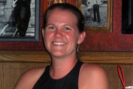 Enfermera de Florida inyecta a su crush con una dosis fatal de medicamento de anestesia, huye del país
