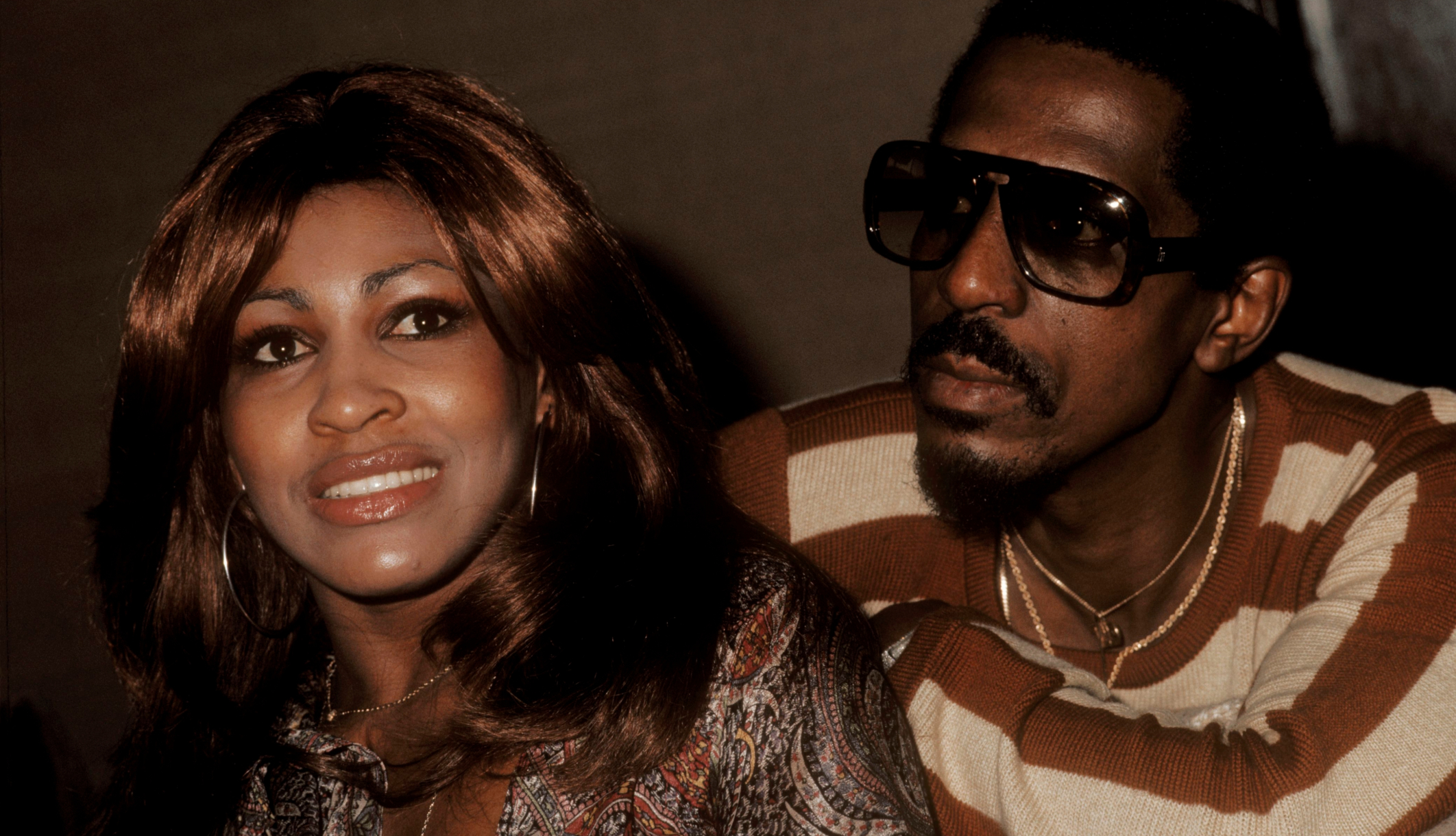 Tina Turner revela que el abuso de Ike Turner la llevó a intentar suicidarse