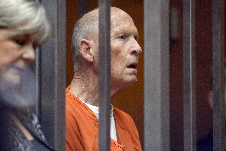 'Me estaba apuntando con un arma a la cara': Ex de Golden State Killer Suspect revela cómo manejó una ruptura