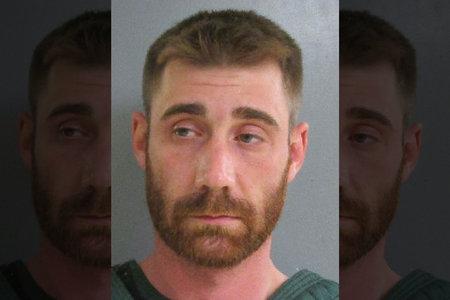 'Otpuhati pola lica': Tata je navodno ustrijelio dvogodišnjeg sina u lice usred svađe s dječakovom mamom