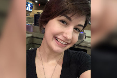 Người đàn ông bị buộc tội giết bạn gái cũ bị cáo buộc mạo danh cô ấy qua tin nhắn trong nhiều tháng