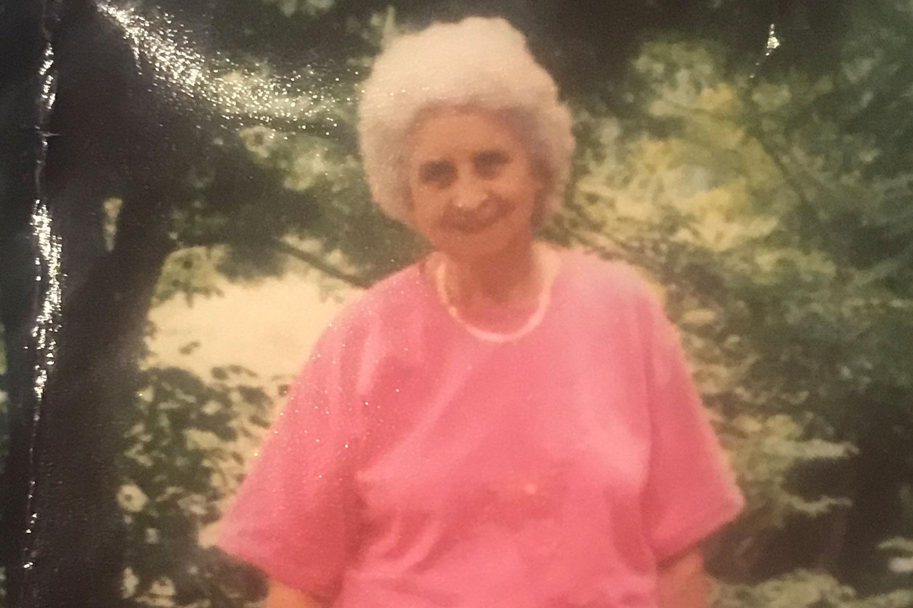 Nieta asesinó a anciana mientras se recuperaba en su cama de hospital