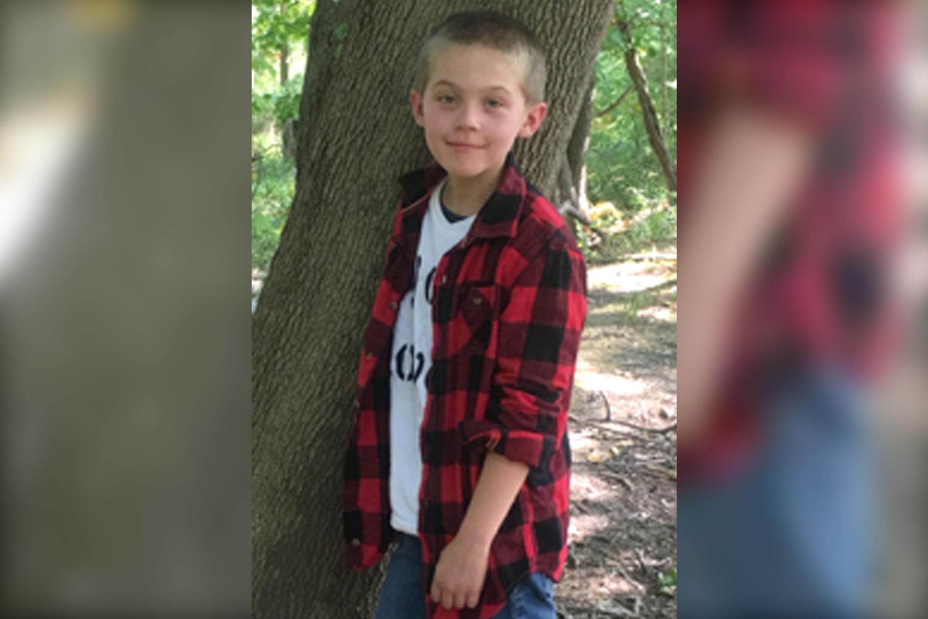 'Jeg ved ikke, om han havde smerter,' siger mor om den unges søns 'mistænkelige' død