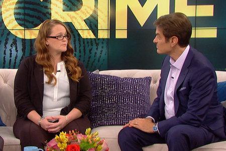האישה מדברת על 19 השנים שהיא בילתה בשבי לאחר שנחטפה על ידי אביה החורג