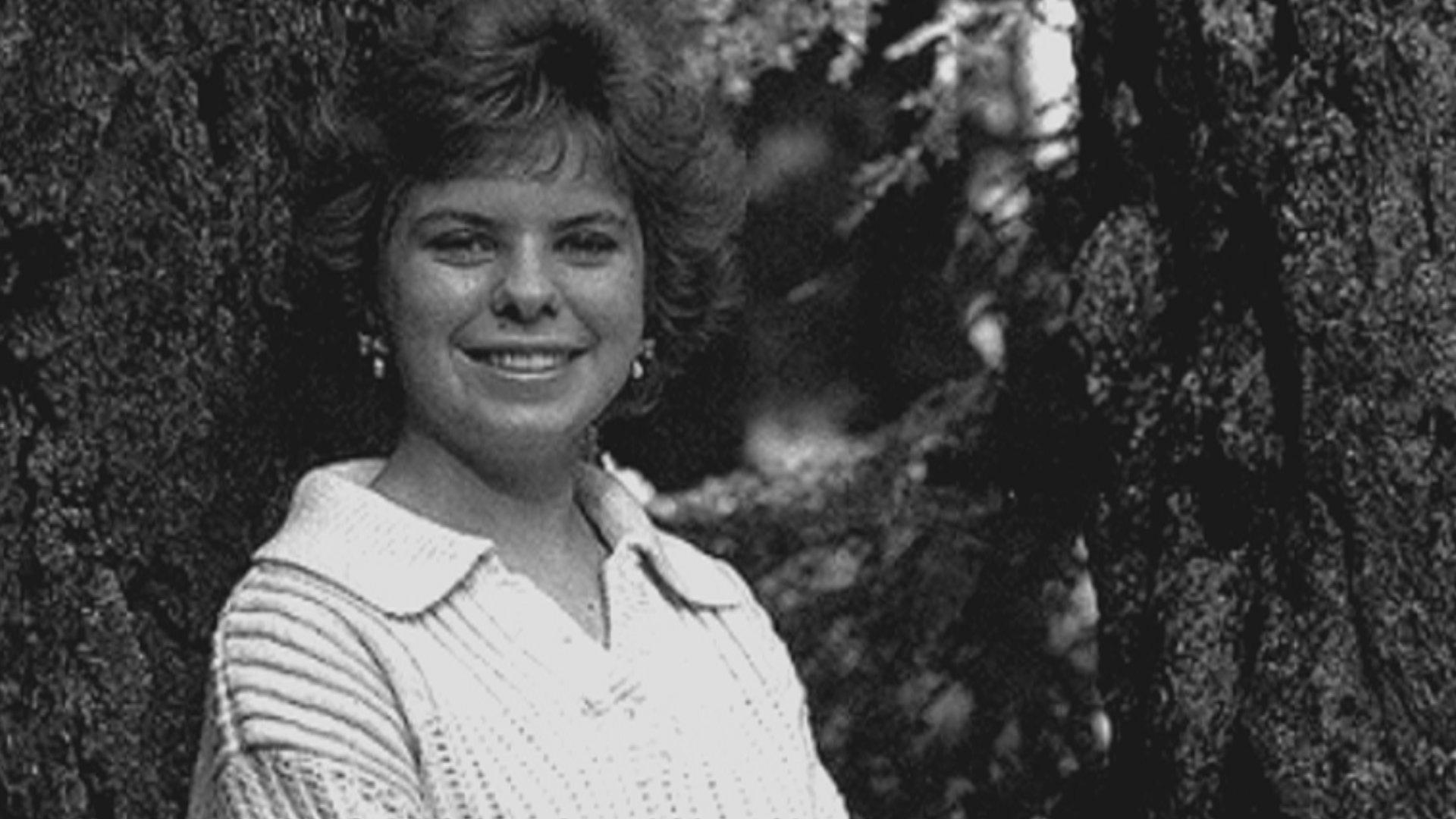 ¿Accidente o asesinato? La esposa del pastor fue encontrada muerta en la cama después del incendio, y no había intentado moverse