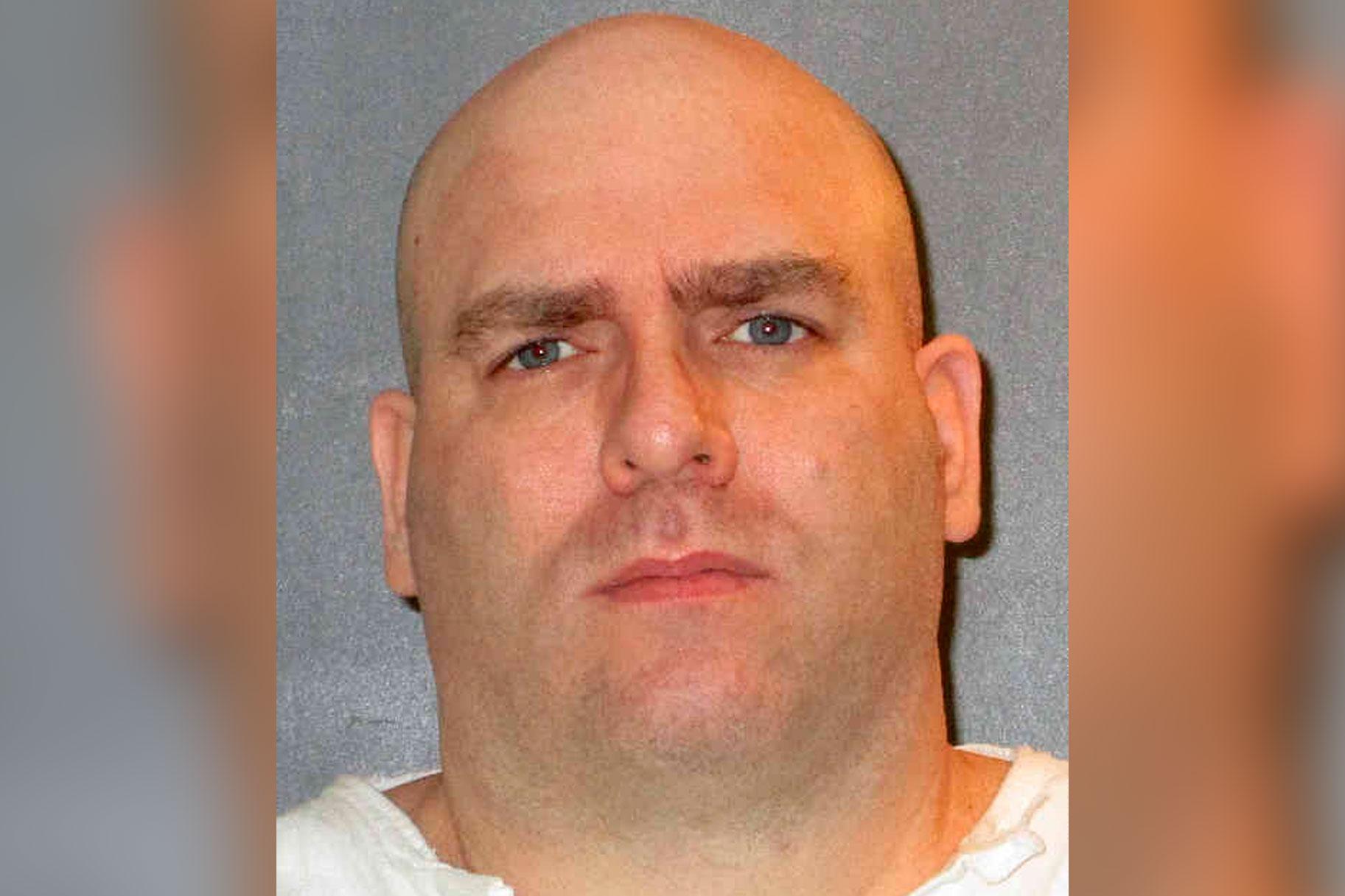 'לורד, סלח להם. הם לא יודעים מה הם עושים ': אסיר מכחיש אשמה כשהוא מוצא להורג בגין אונס, רצח של בני נוער