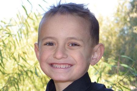 'הוא מפלצת', אומר קרוב משפחה של אבא בקליפורניה אחרי שהוא פגע בבן 'מבריק' בן 10 בהתאבדות רצח לכאורה